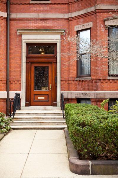 218 Commonwealth Ave Boston, MA 02116